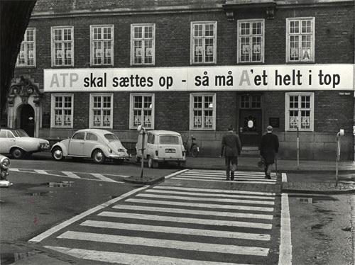 arbejdsmarkedets-tillaegspension-atp-blev-indfoert-ved-lov-i-1964-billedet-er-fra-valgkampen-i-1966