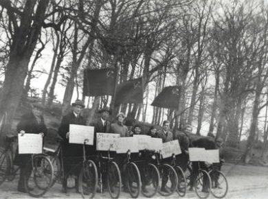 """""""Agit-Prop""""-gruppe i Farum og Omegn i begyndelsen af 1930'erne"""