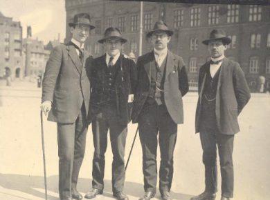 willi-munzenberg-nr-2-f-v-besoegte-i-maj-1917-koebenhavn