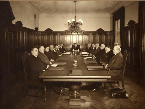 oprettede-dsf-i-1934-en-pensionskasse-for-faste-tillidsmaend-og-personale