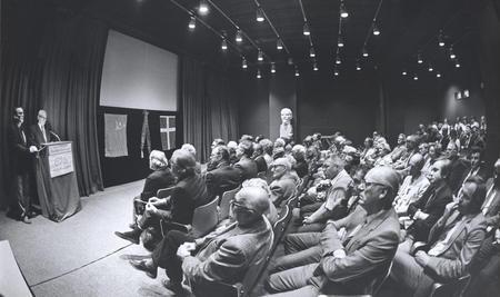 Festmøde i Landsforeningen til Samvirke mellem Danmark og Sovjetunionen i anledning af 60 året for oprettelse af diplomatiske forbindelser mellem Danmark og Sovjetunionen (foto: Ole Wildt)
