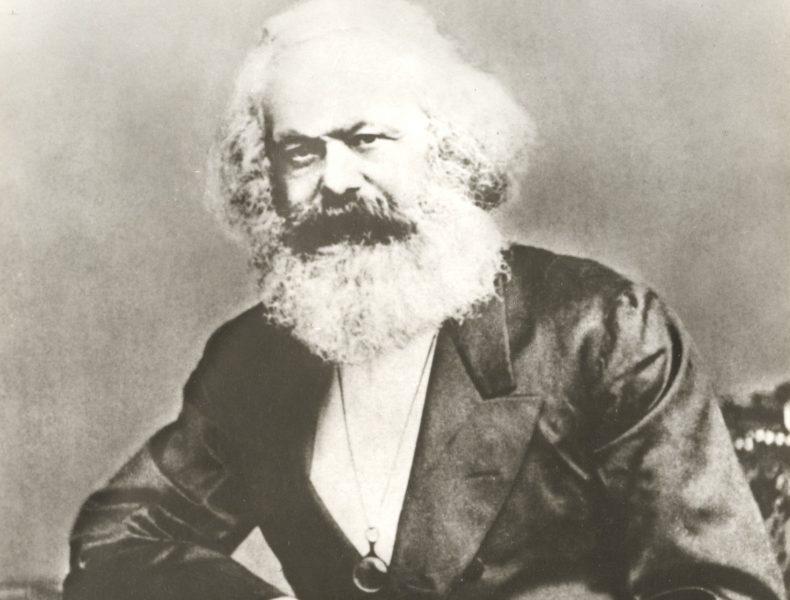Marx & Manifest>