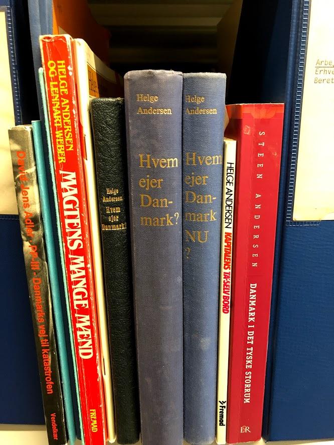 Arbejdermuseet & Arbejderbevægelsens Bibliotek og Arkiv rummer store samlinger af museumsgenstande, plakater, faner, fotos og meget mere, samt et omfattende arkiv med kilder til arbejderbevægelsens historie. Her kan du læse om hvordan du kan bruge samlingerne og finde viden om en lang række arbejderhistoriske emner.
