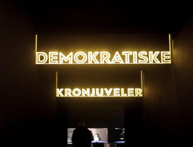 Demokratiske kronjuveler>